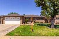 421 Ashlan Way-003