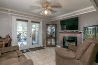 459 Golf Cir W, Manteca